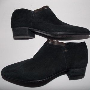 Vince Camuto women's suede ankle booties size 6M